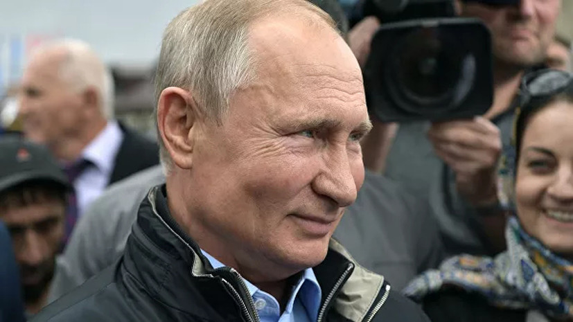 Путин прибыл на учения «Центр-2019»