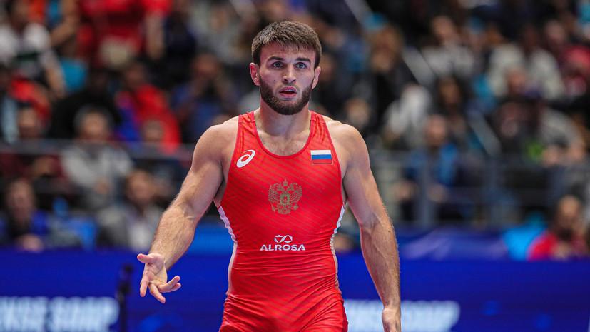 Рашидов выиграл золото в весе до 65 кг на ЧМ по вольной борьбе