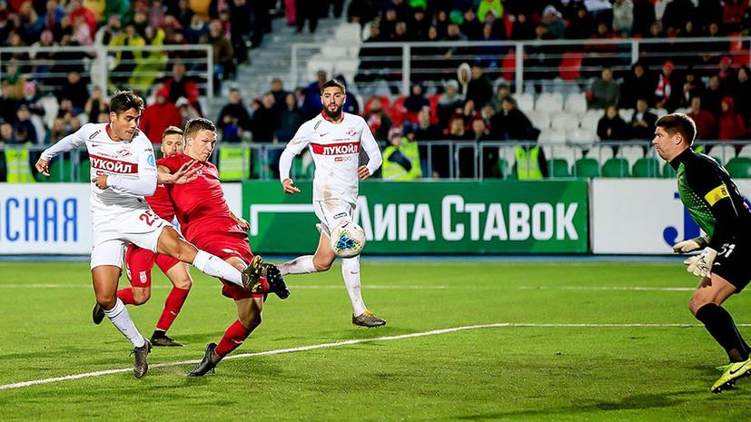 «Он понимал, куда идёт»: бывшие футболисты и тренеры «Спартака» выступают за отставку Кононова