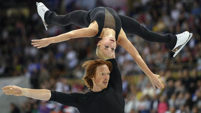 Фигуристы Морозова и Тарасов завоевали серебро на турнире в США