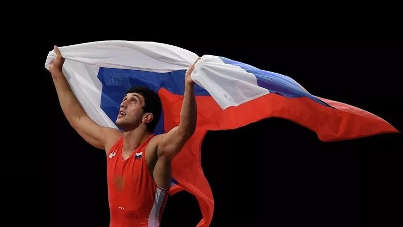 Сидаков стал двукратным чемпионом мира по вольной борьбе в весе до 74 кг