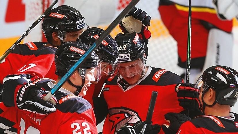Дубль Войнова помог «Авангарду» обыграть «Куньлунь» в матче КХЛ