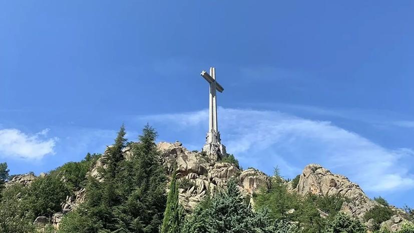 Верховный суд Испании разрешил эксгумацию останков Франко