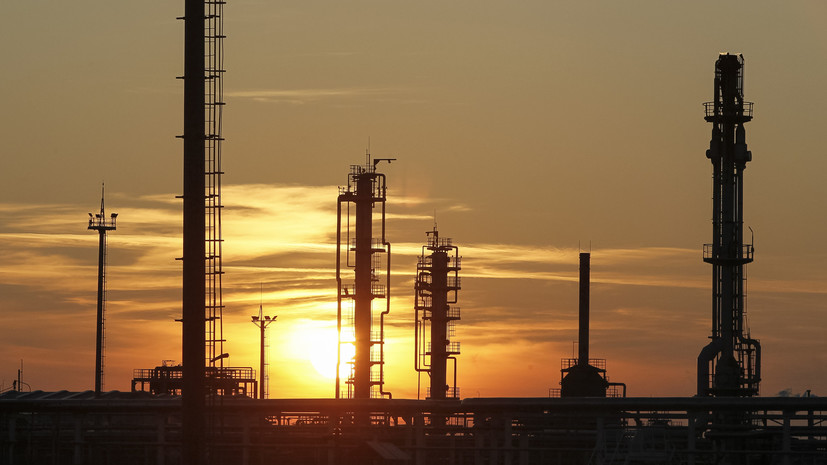 Казахстан планирует подписать соглашение с Минском о поставках нефти