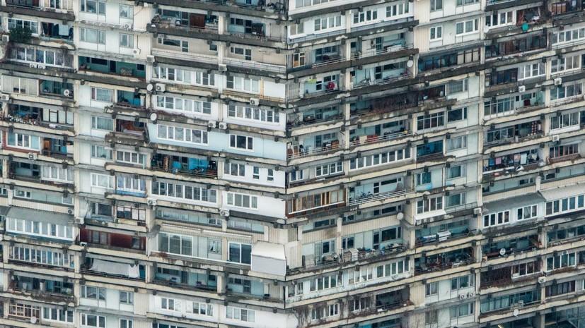 В МЧС объяснили необходимость запрета курения на балконах