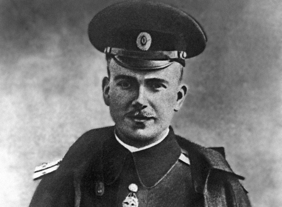 «Столбовая фигура»: какую роль в истории российской авиации сыграл Пётр Нестеров