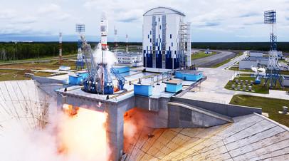 Пуск ракеты-носителя «Союз-2.1б» с космодрома Восточный