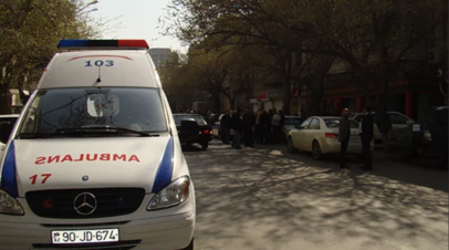 В Азербайджане в ДТП с автобусом и грузовиком погиб один человек