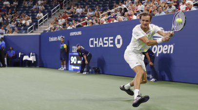 Южный: не стал бы связывать успех Медведева с развитием российского тенниса