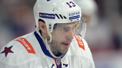 Агент Дацюка заявил, что хоккеист получал предложение от «Детройта»