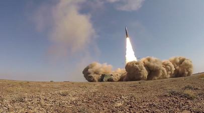 Комплексы «Искандер-М» провели боевые пуски ракет на полигоне Сарышаган — видео