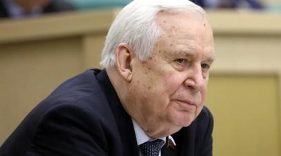 Медведев поздравил с 90-летием сенатора Рыжкова