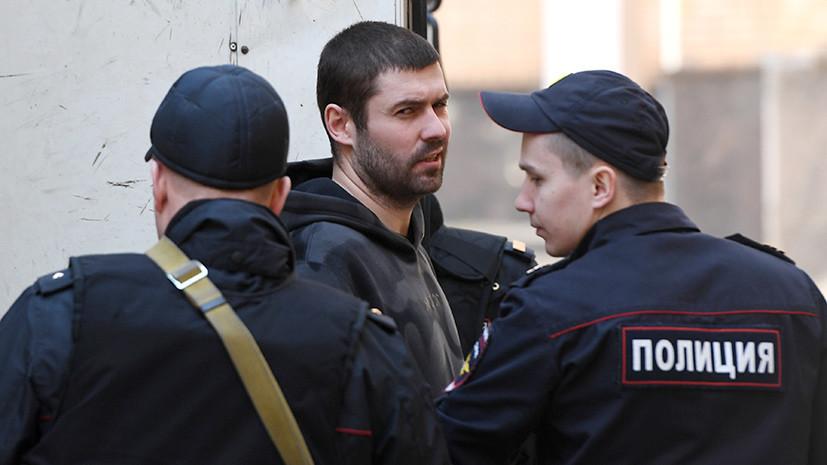 «Складывается впечатление, что рассмотрение дела затягивается»: суд отклонил прошение Протасовицкого об УДО
