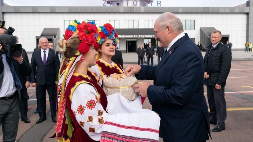 Лукашенко прогнозирует давление на дружбу Белоруссии с Украиной