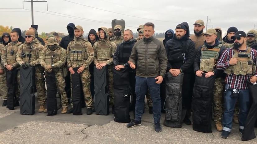 Бойцы полка «Азов» заняли село в Донбассе перед отводом войск