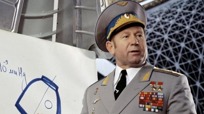 Путин выразил соболезнования в связи со смертью Леонова