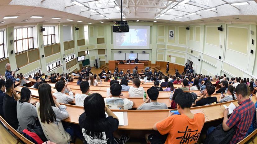 Эксперт оценил мнение судьи КС о системе российского высшего образования