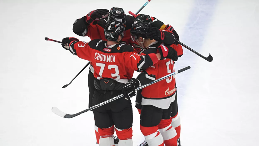 «Авангард» победил СКА в матче КХЛ
