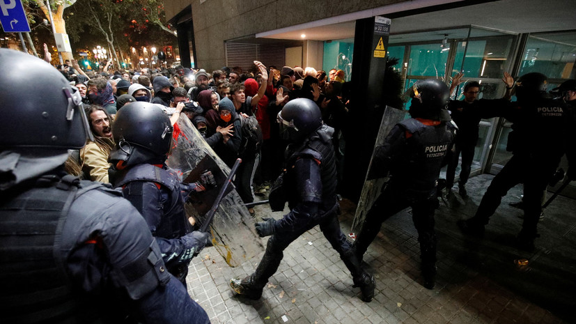 Пять колонн митингующих направились в Барселону
