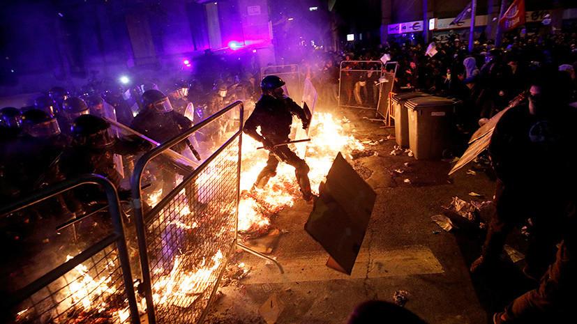 Каталонский гнев: к чему могут привести массовые протесты в Барселоне