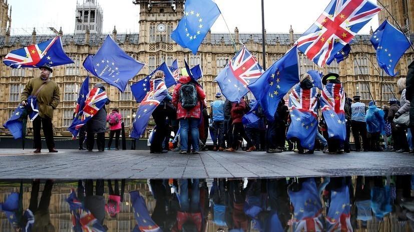 Британские депутаты одобрили поправку об отсрочке брексита