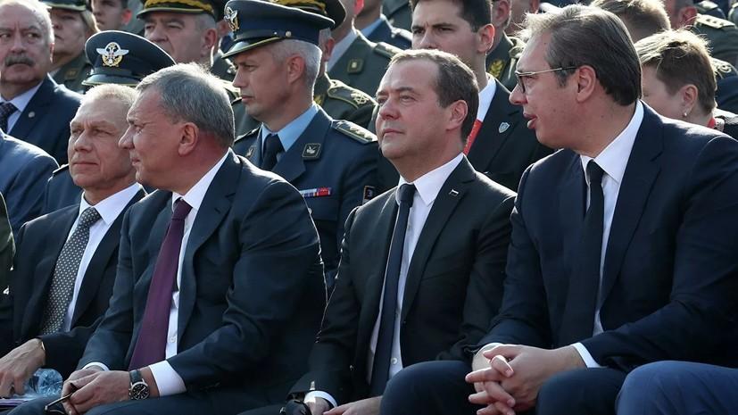 Медведев предупредил об опасности насаждения моделей демократии извне