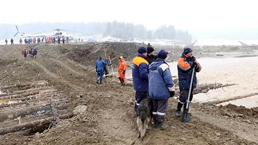 Активные поисковые работы на месте ЧП под Красноярском приостановлены