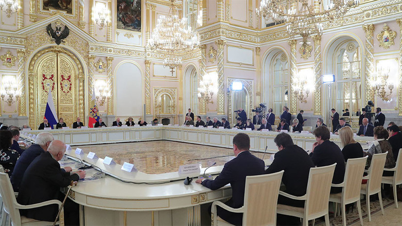По принципу ротации: какие перестановки произошли в Совете по правам человека при президенте РФ
