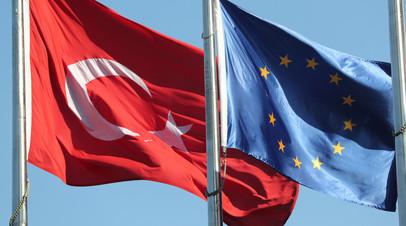 Страны ЕС обсудят эмбарго на поставку оружия Турции