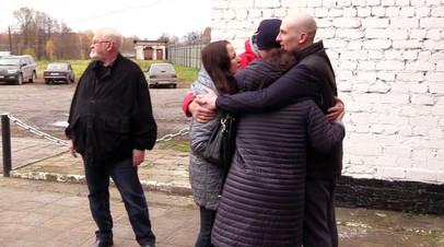 Осуждённый за наркотики журналист Евгеньев дал интервью RT после выхода на свободу