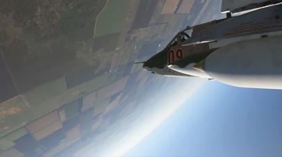 «Летающие танки» Су-25СМ3 продемонстрировали боевые возможности в небе над Ставропольем — видео