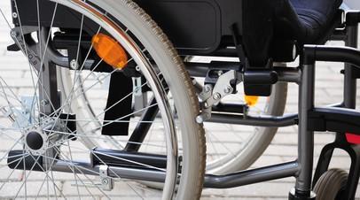 В Екатеринбурге проверяют сообщения об оскорблении ребёнка-инвалида в трамвае