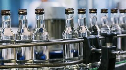 В Подмосковье пресекли работу подпольного цеха по производству алкоголя