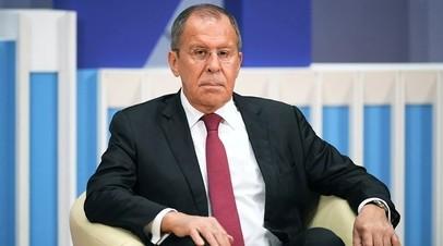 Лавров обсудил с главой МИД Турции ситуацию в Сирии