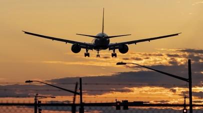 Пассажирский самолёт совершил экстренную посадку в Перми