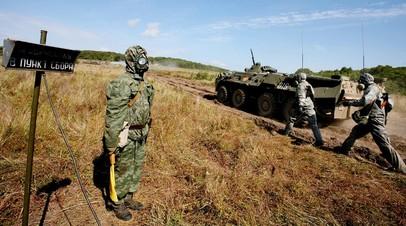 Военнослужащие РХБЗ ВС России на учениях
