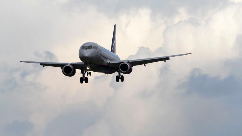 SSJ-100 с отказавшим двигателем приземлился в Тюмени