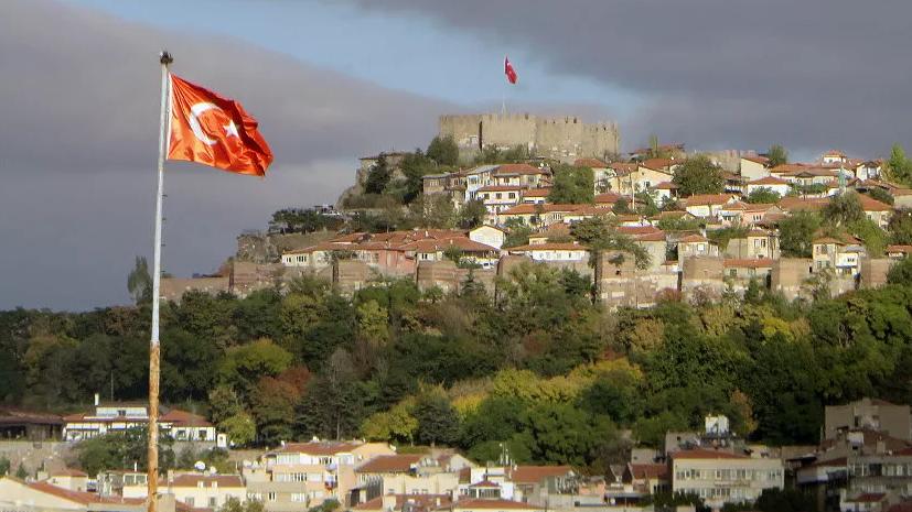 В Турции изучают предложение России о поставках истребителей