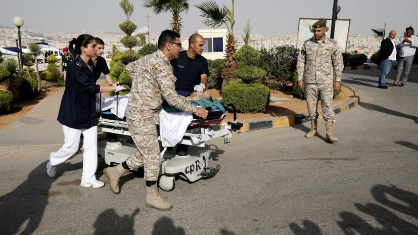 В Иордании при нападении с ножом пострадали восемь человек