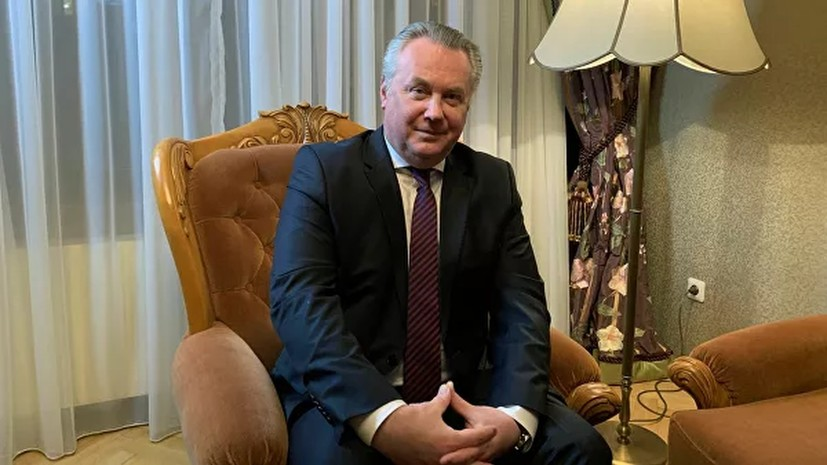 Лукашевич отметил двойную дискриминацию русского языка на Украине