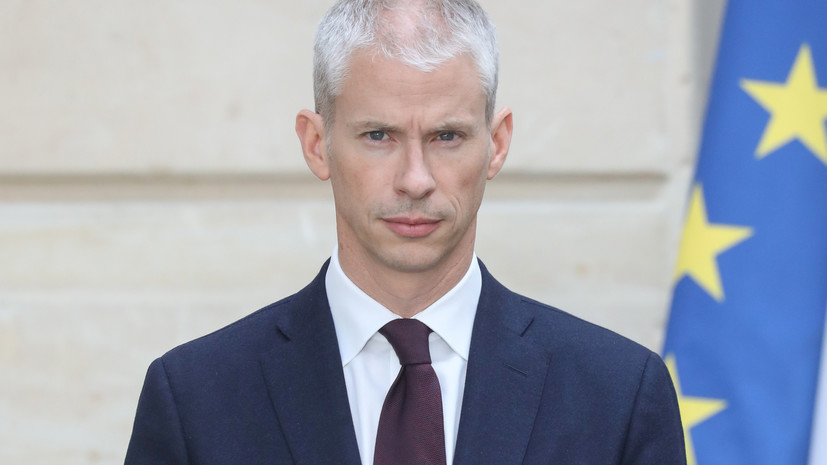 Министр культуры Франции заявил о намерении посетить Москву