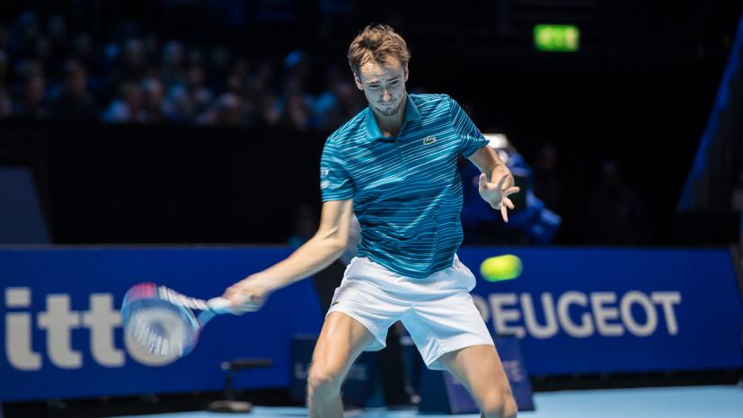 Глава ФТР назвал причину неудачного выступления Медведева на Итоговом турнире ATP