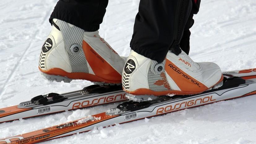 В электричках Петербурга разрешат бесплатно провозить лыжи и сноуборды с 15 ноября