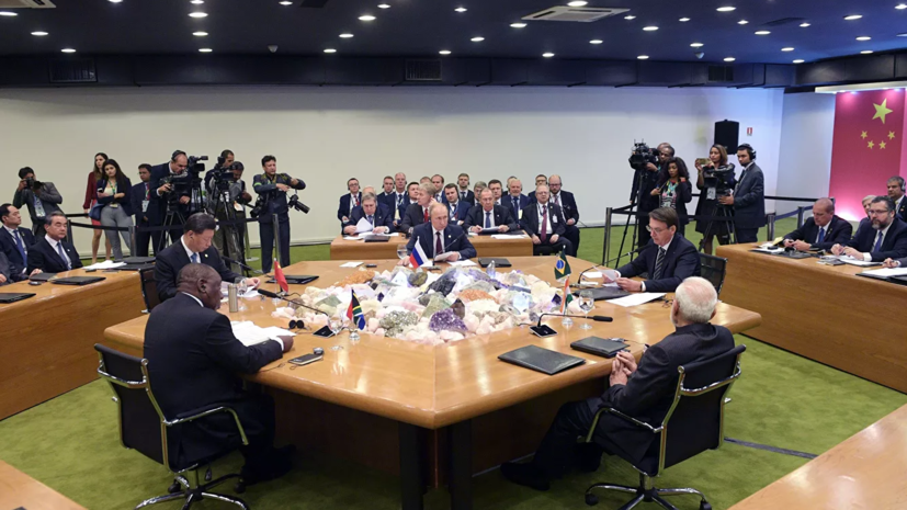 Путин назвал БРИКС фактором стабильности в мировой экономике