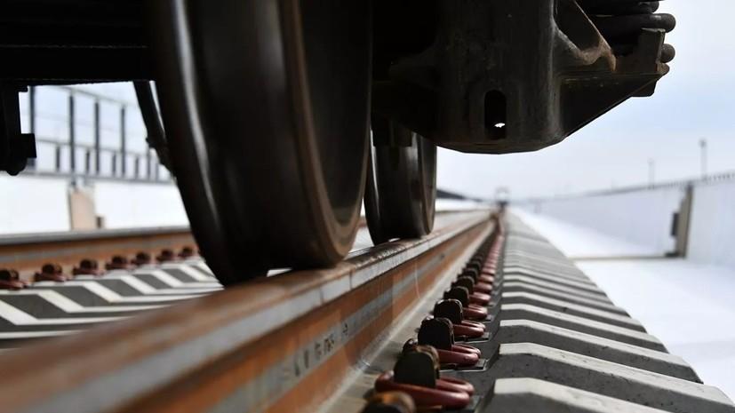 Движение грузовых поездов по Крымскому мосту откроют в июне 2020 года