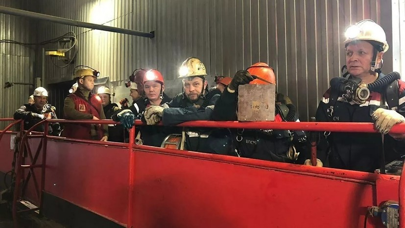 Хлопки газа зафиксировали при ликвидации пожара в нефтешахте в Коми