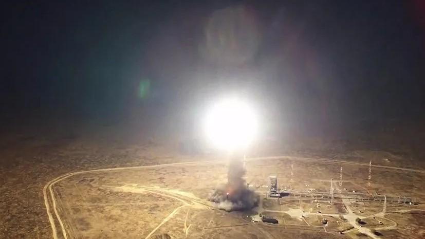 Минобороны провело учебный пуск баллистической ракеты «Тополь»