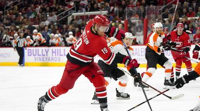 Шайба Проворова помогла «Филадельфии» взять верх над «Каролиной» в НХЛ