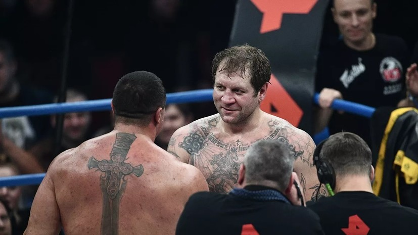 Александр Емельяненко заявил о готовности провести поединок с олимпийским чемпионом по боксу