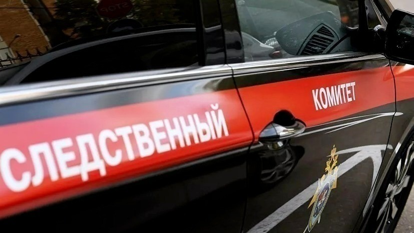 В Алтайском крае проводят проверку по факту обнаружения раздетого ребёнка в коридоре общежития